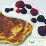 Low Carb Pancakes Mit Alpro Naturjoghurt Und Waldbeeren