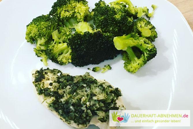 Brokkoli mit Hühnchen