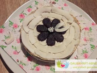 Mohn-Quark-Kuchen mit Kokosboden