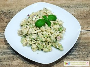 Low Carb Kartoffelsalat mit Blumenkohl