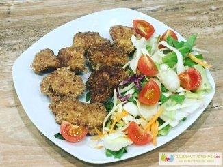Low Carb NUggets mit Salat