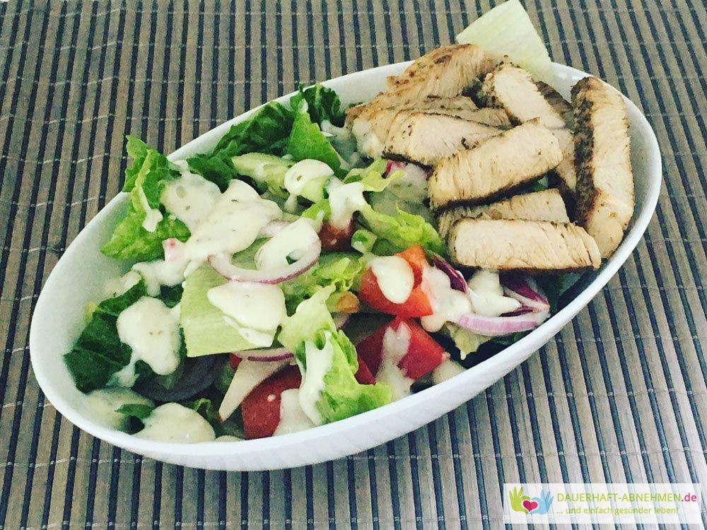 Gemischter Salat mit Putenbrust