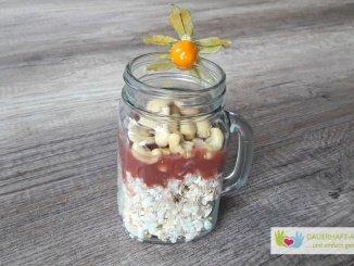 Porridge mit Fruchtmus
