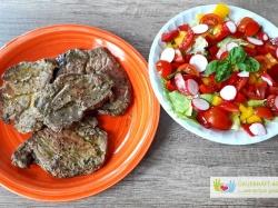 Grillfleisch Und Salat
