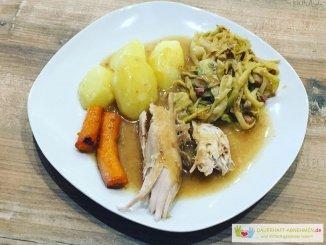 Kaninichen mit Bohnen und Kartoffeln