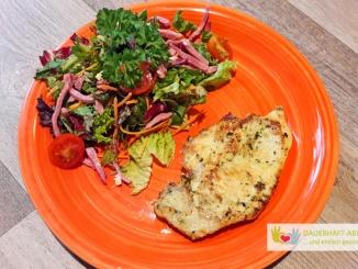 Hähnchenbrust und Salat