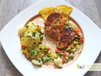 Schnitzel mit Mischgemüse und Kartoffeln