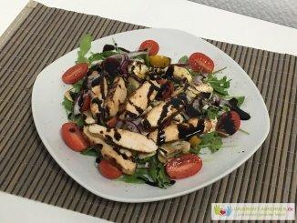 Salat Deluxe mit Hähnchen