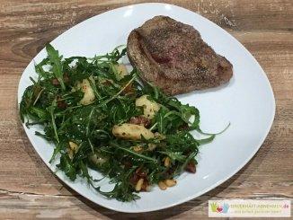 Rindersteak mit Gnocchi-Salat