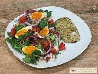 Salat mit Kap-Seehecht-Filet