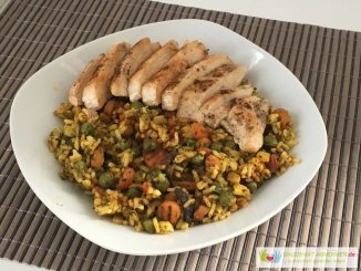 Gemüsereis mit Hühnchen