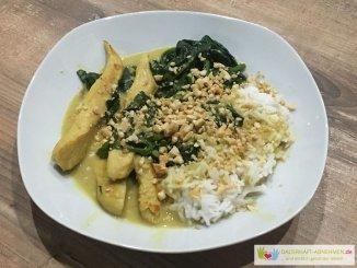Hühnchencurry mit Spinat und Basmatireis