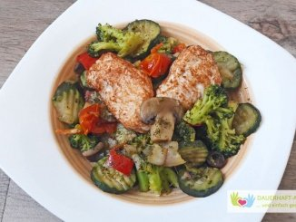 Italienisches Gemüse mit Hähnchenfleisch