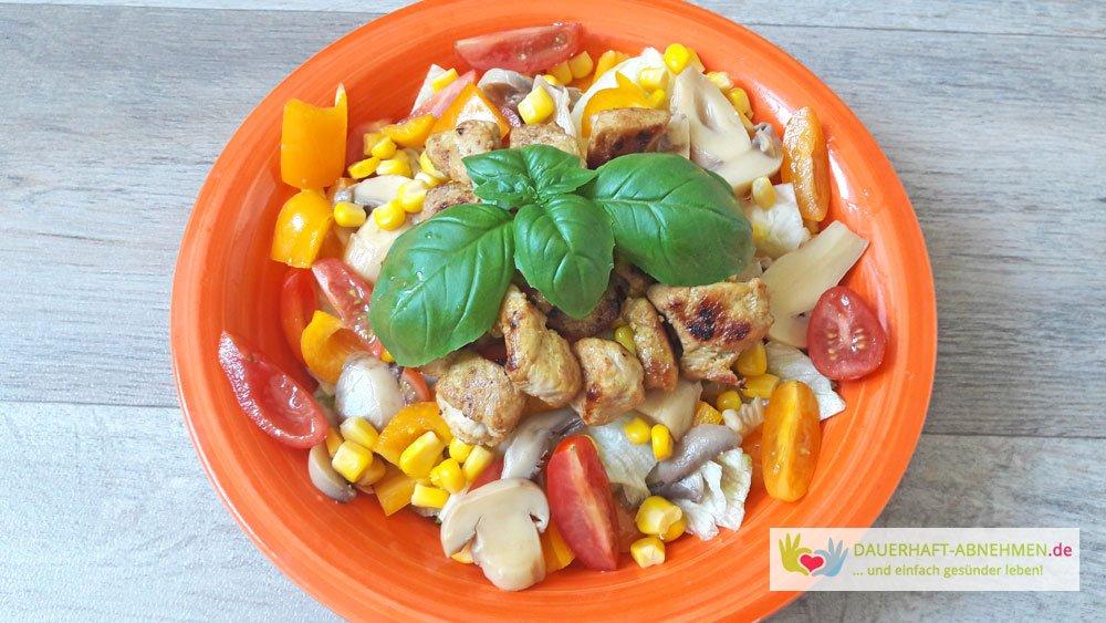 Salat mit Schweinefleisch